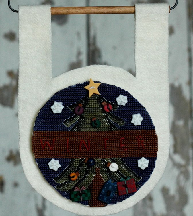 Clearance Myrtle Grace Motifs  Buttoned Up For Winter