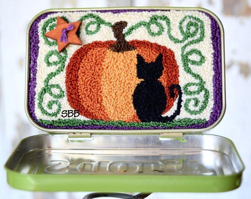 Clearance Myrtle Grace Motifs Of Pumpkins & Meows Punchneedle