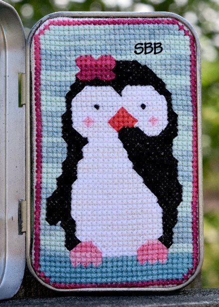 Clearance Myrtle Grace Motifs Playing Peek~A~Boo With Petunia