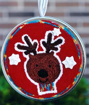 Clearance Myrtle Grace Motifs Tree Trimmers - Reindeer Punchneedle