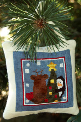 Clearance Myrtle Grace Motifs Tree Trimmin' With Franklin & Pierce