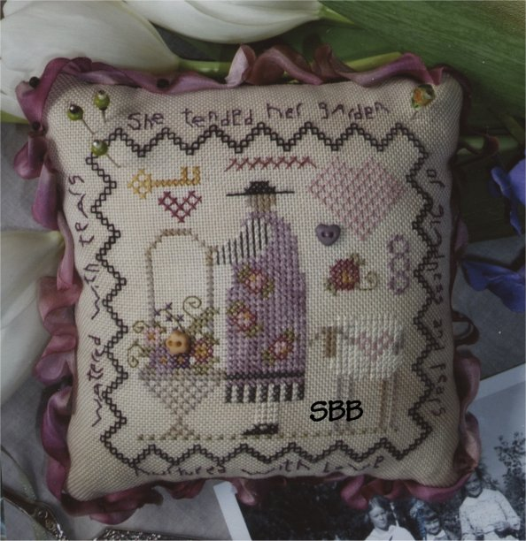 Clearance Shepherd's Bush Kits Sophie's Pin Cushion