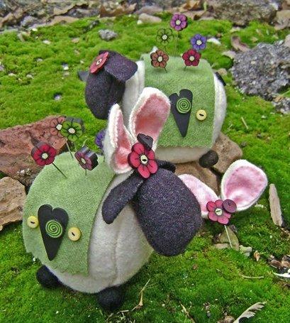 JABCo Sewing Patterns P1030 Ewe Look Fabulous! For Spring Pincushion