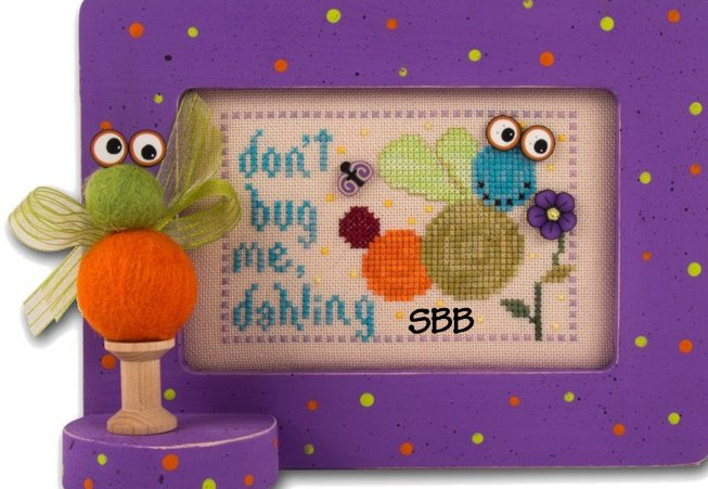 JABCstitch  10011 Don't Bug Me, Dahling