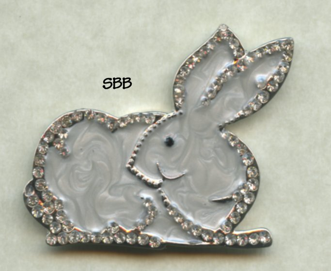 Accoutrement Designs Mag Friends Bunny