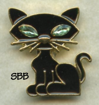 Accoutrement Designs Mag Friends Emerald Eyed Kitty