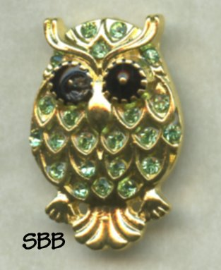 Accoutrement Designs Mag Friends Owl Green