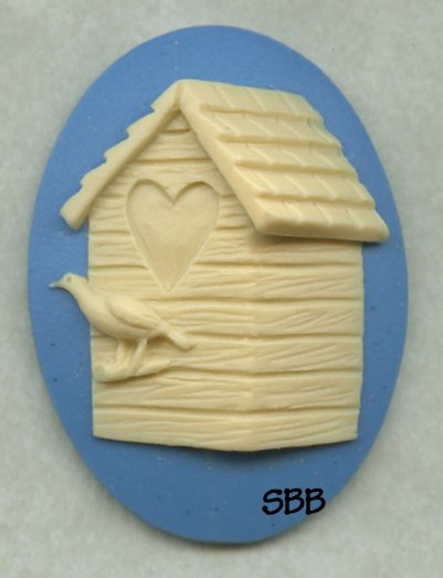 Kelmscott Designs Needle Minder Love Birdhouse