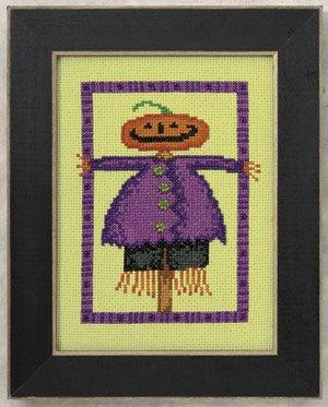 Mill Hill Debbie Mumm Kits DM300104 Moonlight Madness 2010 ~ Scarecrow