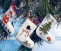 Permin Kits013250 ~ Three Christmas Stockings ~ 14 count Aida