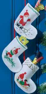 Permin Kits015203 ~ Three Christmas Stockings ~ 14 count Aida