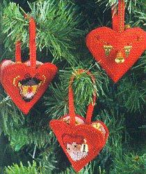 Permin Kits015236 ~ Heart Tree Ornament ~ 14 count Aida