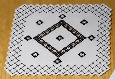 Permin Kits101661 ~ Hardanger Table Topper ~ 22 count Hardanger