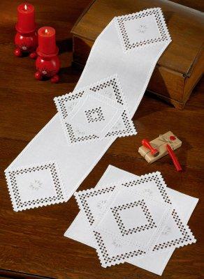 Permin Kits105652 ~ Hardanger Table Topper ~ 22 count Hardanger