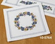 Permin Kits 105764 Violets Table Topper ~ 8 Count Aida