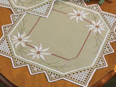 Permin Kits106678 ~ Xmas Roses Table Topper ~ 22 count Hardanger