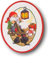 Permin Kits123222 ~ Elf With Santa's Bag ~ 14 count Aida