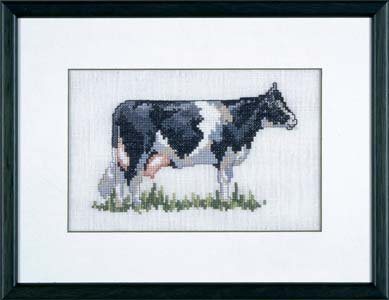 Permin Kits126426 ~ Black Cow ~ 26 count Linen
