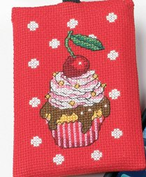 Permin Kits191693 ~ Cupcake Phone Case ~ 16 count Aida