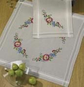 Permin Kits271675 ~ Garland Tablecloth ~ Linen