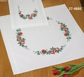 Permin Kits 274885 Christmas Table Cloth ~  Printed Prefinished Linen