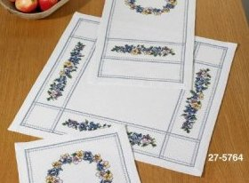 Permin Kits 275764 Violets Table Cloth ~ 8 Count Aida