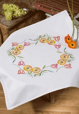 Permin Kits279521 ~ Tulips & Yellow Flower Tablecloth ~ Prefinished