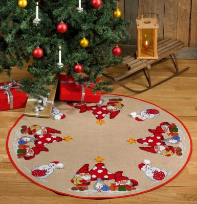 Permin Kits455228 ~ Elves and Snowman Tree Skirt ~ Jute