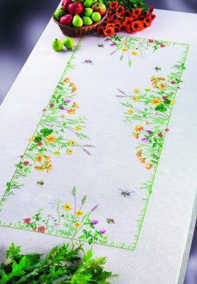 Permin Kits581394 ~ Flowers By The Wayside Tablecloth