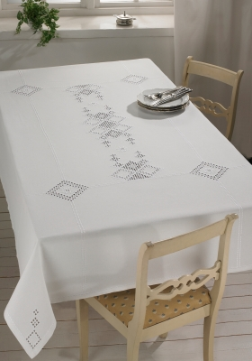 Permin Kits583645 ~ Hardanger Table Cloth ~ 22 count Hardanger