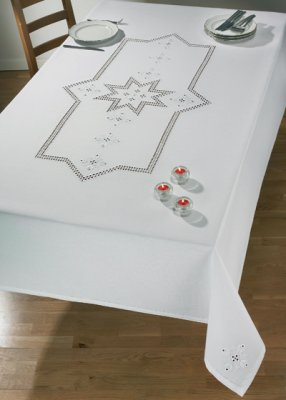 Permin Kits584624 ~ Star Hardanger Tablecloth ~ 22 count Hardanfer