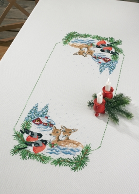 Permin Kits586291 ~ Deer In Snow Table Cloth ~ 14 count Aida