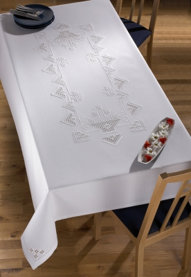 Permin Kits589610 ~ Hardanger Table Cloth ~ 22 count Hardanger