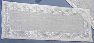 Permin Kits630613 ~ Hemstitch Tablerunner ~ 18 count Linen