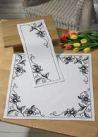 Permin Kits634750 ~ Vanilla Orchid Table Runner (top) ~ 14 count Aida