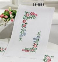 Permin Kits 634881 Classic Flowers Table Runner ~  Printed Prefinished Cotton