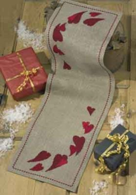 Permin Kits681296 ~ Christmas Hearts Tablerunner ~ 18 count Linen