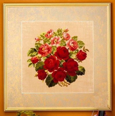 Permin Kits705143 ~ Roses ~ 32 count Linen