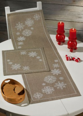 Permin Kits754620 ~ Snowflakes Tablerunner (bottom) ~ 18 count Linen
