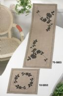 Permin Kits755853 ~ Black Roses ~ Table Runner (top) ~ 18 count Natural Linen