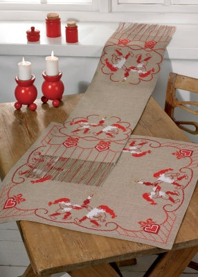 Permin Kits756615 ~ Red Santa Claus Table Runner ~ 18 count Aida