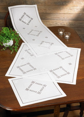 Permin Kits756817 ~ Hardanger ~ Table Runner (top) ~ 22 Count Hardanger