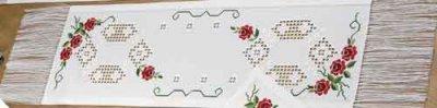 Permin Kits759663 ~ Hardanger Tablerunner Red Roses ~ 22 count Hardanger