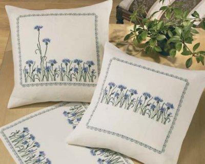 Permin Kits830170 ~ Cornflowers Pillows ~ 26 count Linen