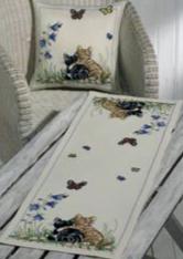 Permin Kits833708 ~ Cat Friends Pillow (top) ~ 8 count Aida