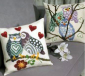 Permin Kits833823 ~ Owl Love Pillow (left) ~ 8 count Aida