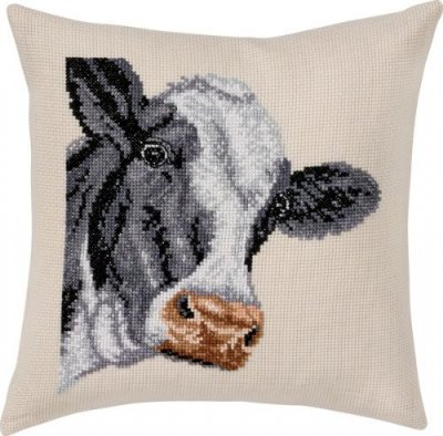 Permin Kits836101 ~ Cow Pillow ~ 8 count Ecru Aida