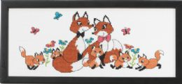 Permin Kits924305 ~ The Fox Family ~ 14 count Aida
