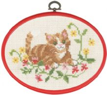 Permin Kits925824 ~ Red Cat In Flowers ~ 11 count Ecru Aida