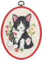 Permin Kits925825 ~ Black Cat In Flowers ~ 11 count Ecru Aida